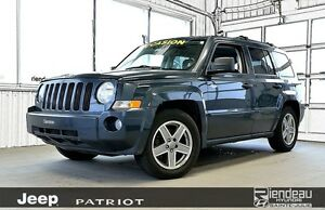 2008 Jeep Patriot Sport/North + A/C + AWD
