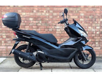 HONDA PCX 125 (16 REG), ONE OWNER, ONLY 3644 MILES ON THE CLOCK!