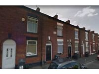 3 bedroom mid-terraced House To Let