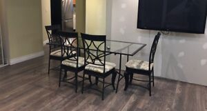 Dining table and 4 chair