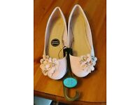 Ballet shoes pink size 6