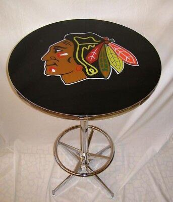 NHL Chicago Blackhawks Champs Logo Hockey Pub Table ()