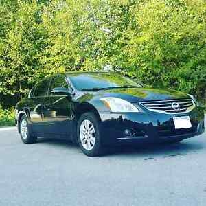 2011 Nissan Altima 2.5SL Fully Loaded Backup Camera