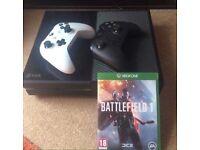 Xbox One (Call Of Duty WW2, Halo MCC, Destiny 2) + Controller