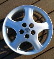 "15"" Toyota hub cap"