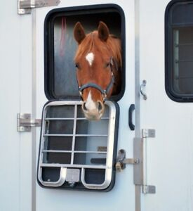 Looking For Horse Trailering