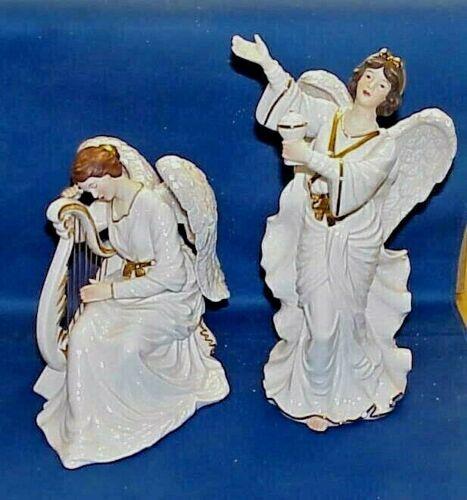 GRANDEUR NOEL PORCELAIN ANGEL SET 2000  VERY NICE