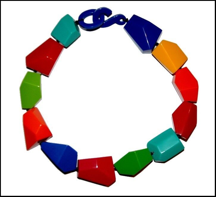 FRENCH DESIGNER BEAUTIFUL CHUNKY MULTI COLOR RESIN CHOKER NECKLACE