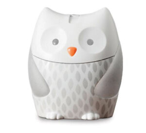 Moonlight and melodies owl nightlight