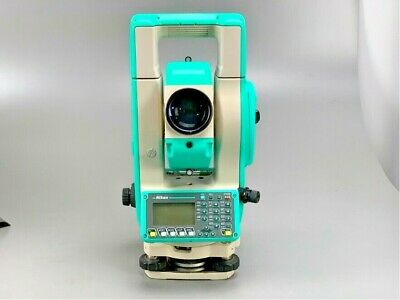 Nikon Npl-632 Total Station W Case