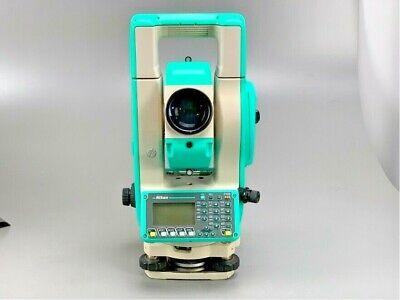 Nikon Npl-632 Total Station W Case