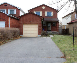 3 Bedroom Detached for rent in South Ajax