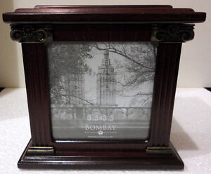 Bombay wooden/glass cube photobox decorative accent London Ontario image 9