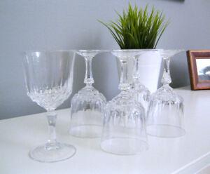 5 Verres à vin en Cristal