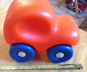 VTG LITTLE TIKES PUSH CAR-CHUNKY CAR-TODDLER TOY-ORANGE-1980 Gatineau Ottawa / Gatineau Area image 6