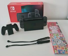 Nintendo Switch & 2 x Games
