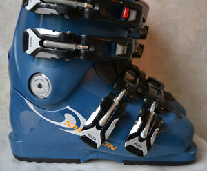 Salomon Performa 6.0 Women's Youth Ski Boots - size 22 / 4 Oakville / Halton Region Toronto (GTA) image 3