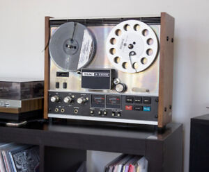 Teac 2300s Reel-to-reel Tape Recorder + Extras