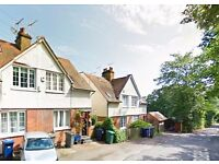 2 bedroom house in Frith Manor Cottages, Partingdale Lane, Mill Hill