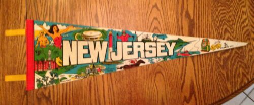"""Vintage Large 1979 New Jersey 25"""" Felt Souvenir Pennant"""