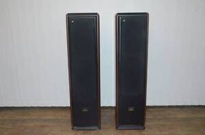 Welling SA-623 floorstanding speakers for sale. Eatons Hill Pine Rivers Area Preview