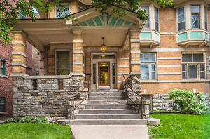 Trendy 2 bedroom - Move in SEPTEMBER! LISGAR/ELGIN