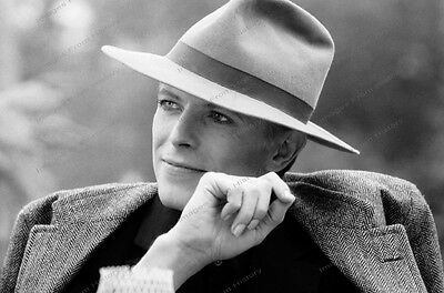 8x10 Print David Bowie Hatted 1970's #DB67