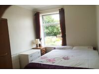 Smart Double room NO Agent fees or Council tax Fully furnished smart clean quiet professional house