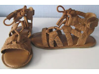 Girl's Shoes, sandals, boots and slippers. sizes 5 - 4, 50p - £5