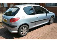 Peugeot 206 LX 1.4 Petrol,45mpg economy,AUX & USB Sony stereo, 3 door hatchback,manual, 11 month MOT