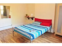 TURNPIKE LANE ** Rooms Available Now ** Cheap & Spacious