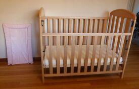 Mamas and Papas pine cot