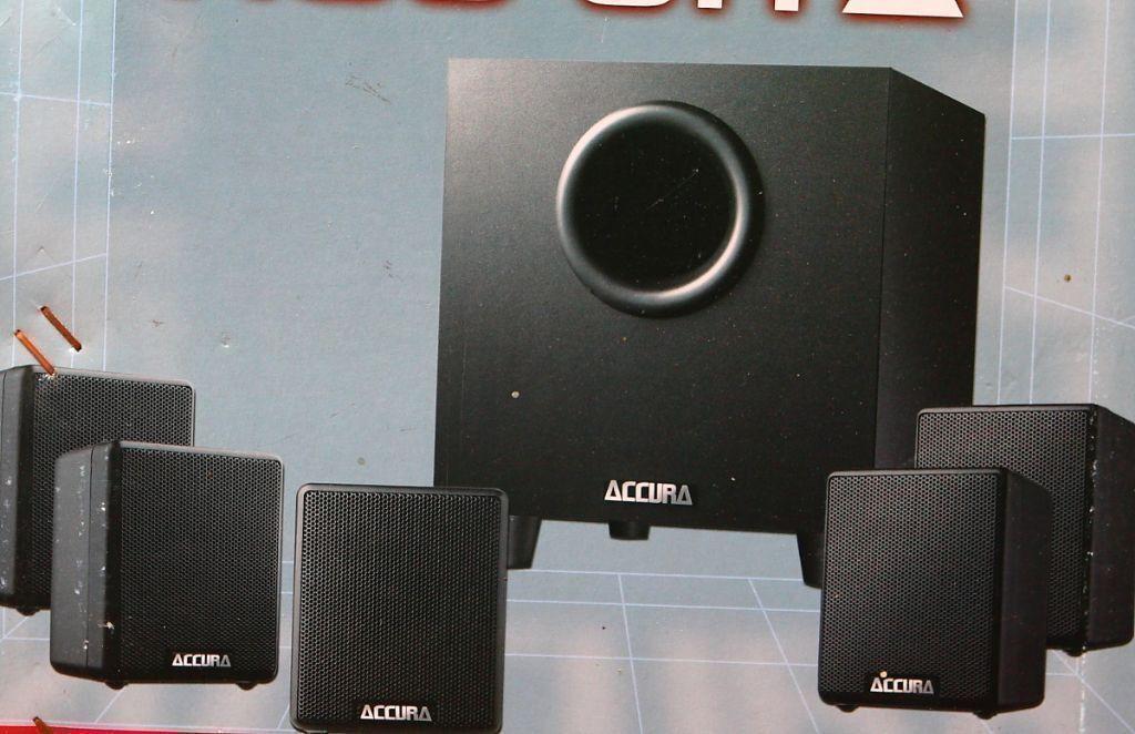 Jensen Accura 5 1 Active Subwoofer Plus 5 Speakers In
