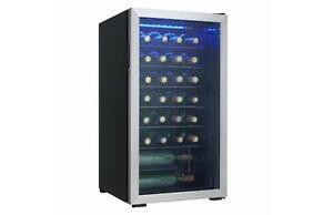Refroidisseur à vin 36 bouteilles Danby ( DWC93BLSDB )
