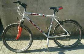 ##Reebok Oragon MTB## Vgc, 21 gears, 26'' rims,original cheap bike