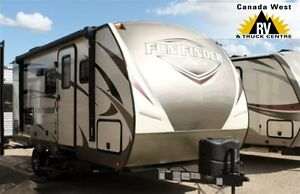 2017 Fun Finder 19RB COUPLES TRAVEL TRAILER