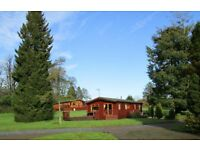 2 Bedroom Luxury Holiday Lodge with hot tub, beautiful Devon countryside setting
