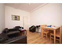 2 bedroom flat in Hermitage Road, Manor House