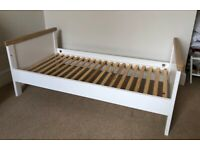Mothercare Lulworth nursery furniture set in white/oak