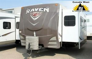 2013 Raven 3121FK Spacious Travel Trailer by Sunny Brook