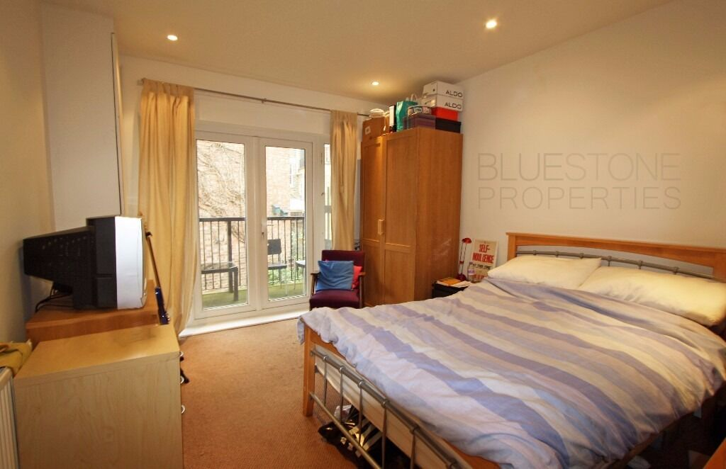 CLAPHAM- Gorgeous [2 bed] flat. Close to Oval Tube Station-Great location. SW9!!