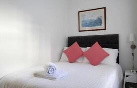 One bedroom cozy flat per night £80