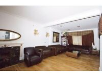 Spacious 4 Bedroom Semi-Detached House Acton W3