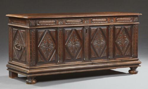 French Provincial Carved Walnut Coffer Chest, early 19th century ( 1800s )