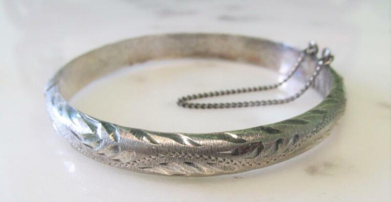 Mexico Sterling Silver Etched Bangle Bracelet ~ 13.5 grams ~ 13-K606
