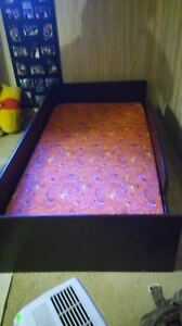 twin size bed with foam mattress need gone asap London Ontario image 3