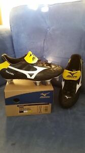 Size 7.5 Rugby Shoes Brand New Condition