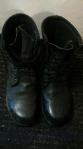 Steel Toed Work Boots,Size 9.5
