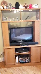 Wall Unit Excellent Condition
