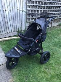Out n About nipper 360 single V4 raven black with sun & rain covers. [Excellent Condition]